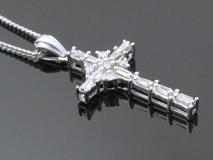 画像2: AQUAMASTERコレクション 14K ホワイトゴールド  ダイヤモンド0.31ct クロス ペンダント 14金